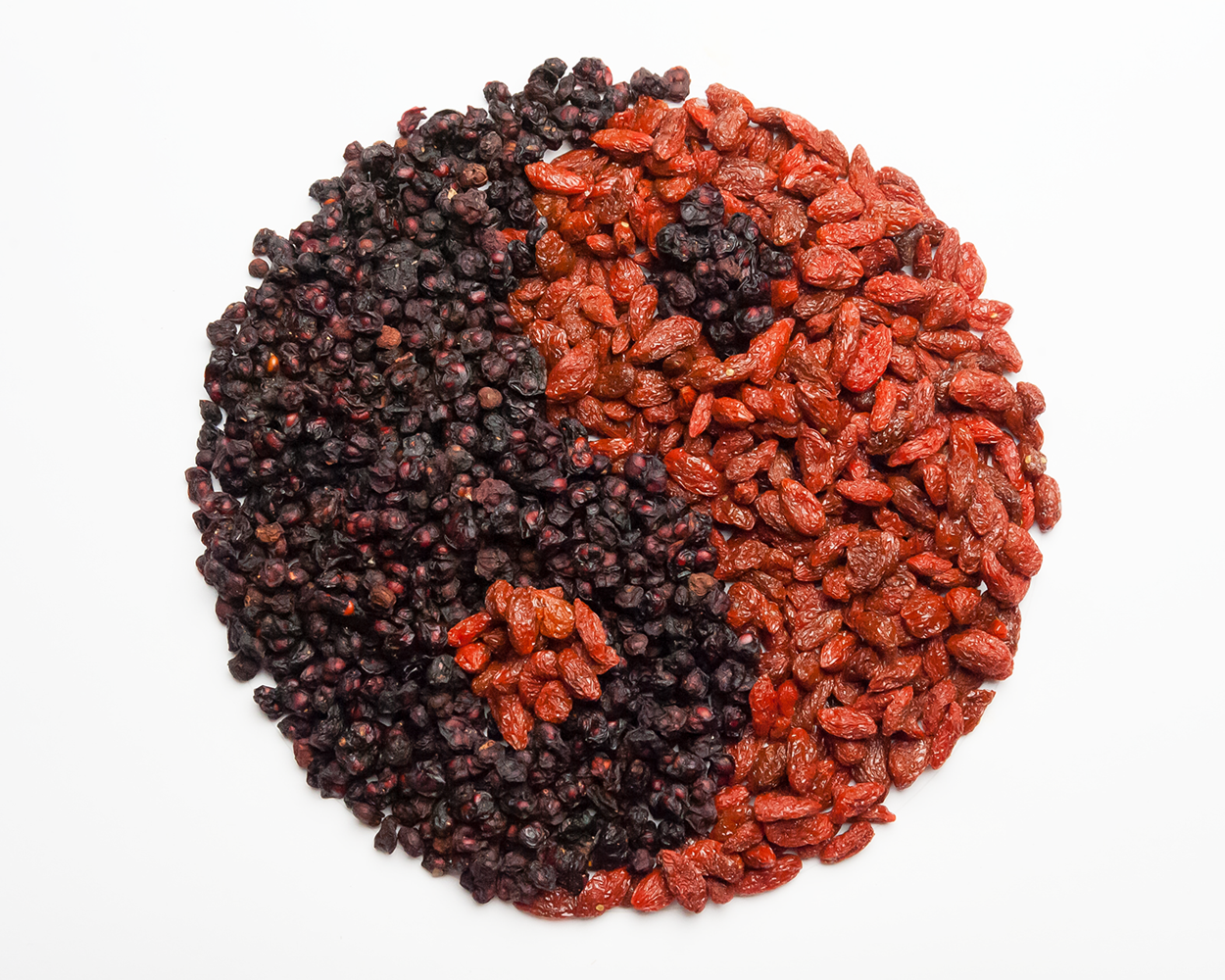 Goji and Schizandra Yin and Yang