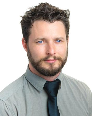 Senior Herbalist Gabriel Donovan